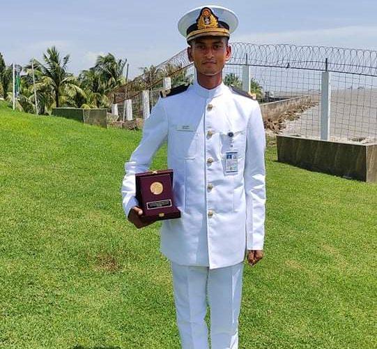 নৌবাহিনীর বীরশ্রেষ্ঠ শহীদ রুহুল আমিন স্বর্ণপদক পেলেন হাবিপ্রবির তুহিন